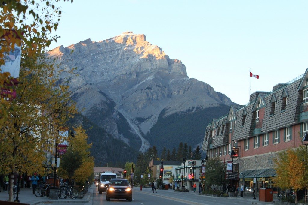 Where to stay and eat in Banff Canada, Best Hotel in Banff, Best Pizza in Banff, Where to eat and drink in Banff, Canada, Canada Travel.