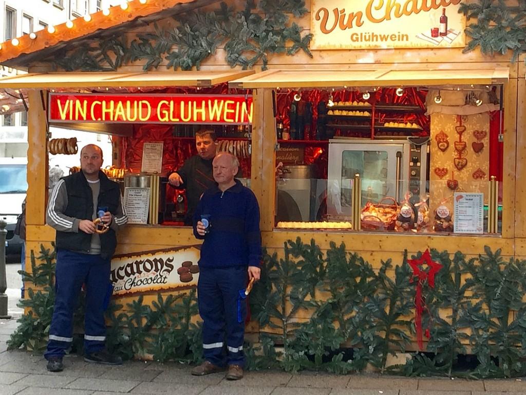 christmstime in strasbourg gluhwein