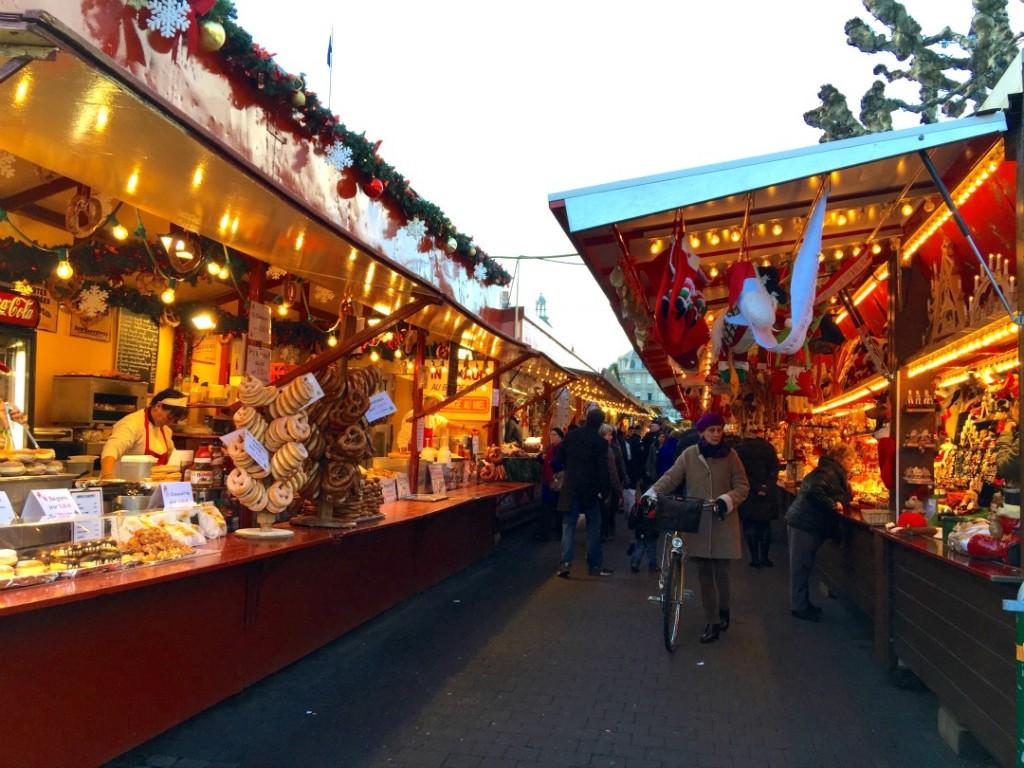 christmstime in strasbourg market 2