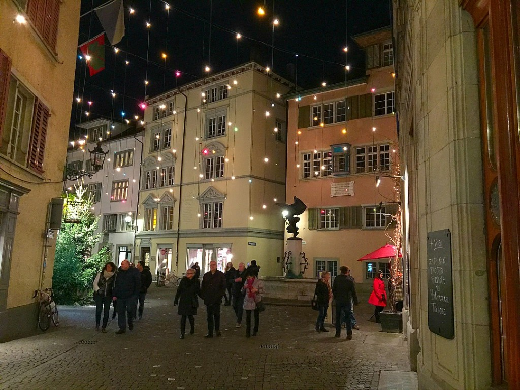 Christmas in Zurich Switzerland: Where to go, what to do, what to see and where to eat. Things to do in Zurich, Best Places to Go in Zurich at Christmastime