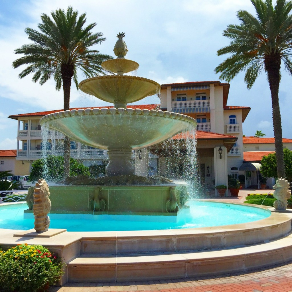 Ponte Vedra Inn & Club Review The Ponte Vedra Inn & Club is one of Florida's best kept secrets. It's the perfect place for family reunions, girlfriend's weekends, or quiet solo travel. Where to stay in Florida, Best Resorts in Florida