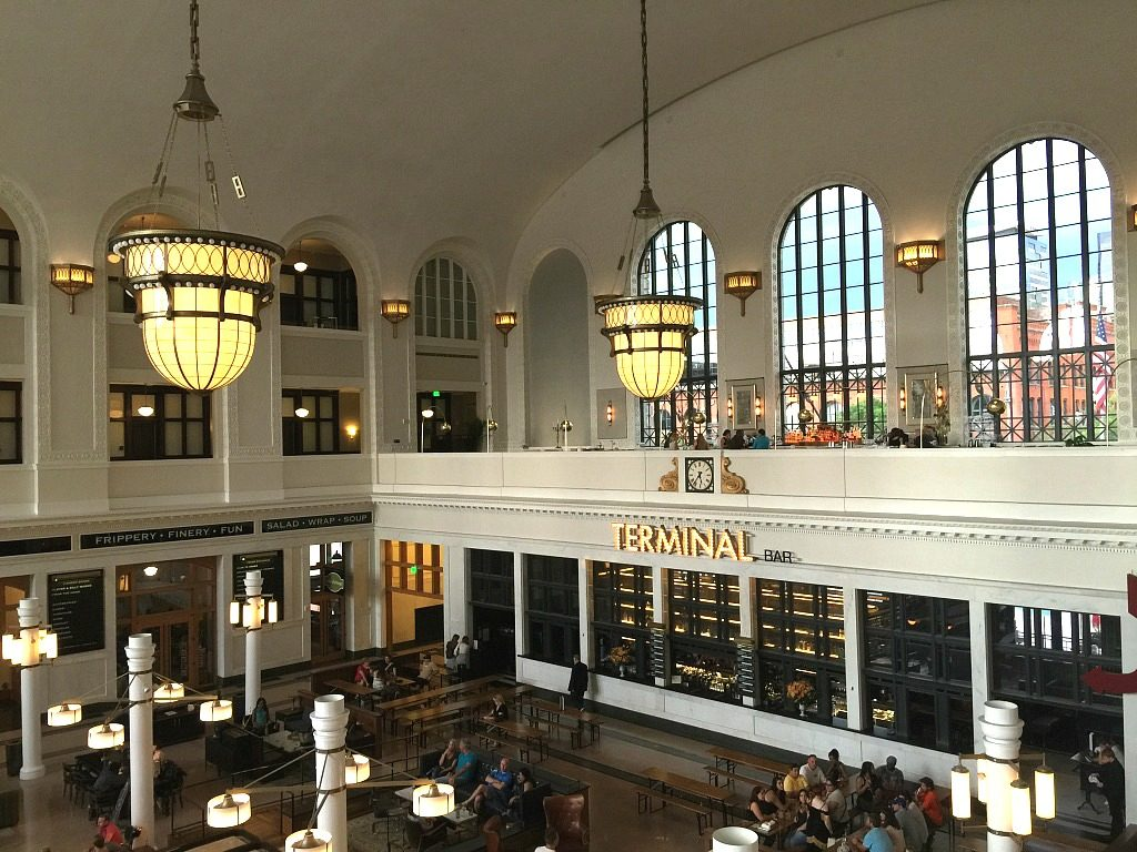 The Cooper Lounge in Denver Union Station is one of my favorite cocktail bars in the world. It takes me back in time with a spectacular atmosphere, great craft cocktails and other local delicacies. A must for any Denver trip. Where to go in Denver, where to eat in Denver, Best things to do in Denver Colorado.