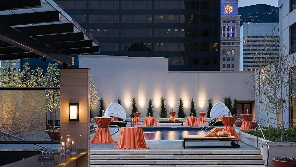 Four Seasons Hotel Denver Colorado Review. Great location, fabulous food, rooftop pool...the perfect place to stay in Denver. Denver luxury hotel, where to stay in Denver. @fsdenver @fourseasons