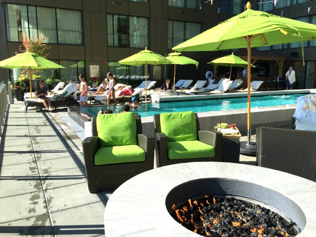 Four Seasons Seattle in the heart of downtown Seattle offers easy access to local attractions, great food, and a gorgeous rooftop pool. Four Seasons Seattle Hotel Review, Where to stay in Seattle, Best Seattle Hotels, @fourseasons @fsseattle