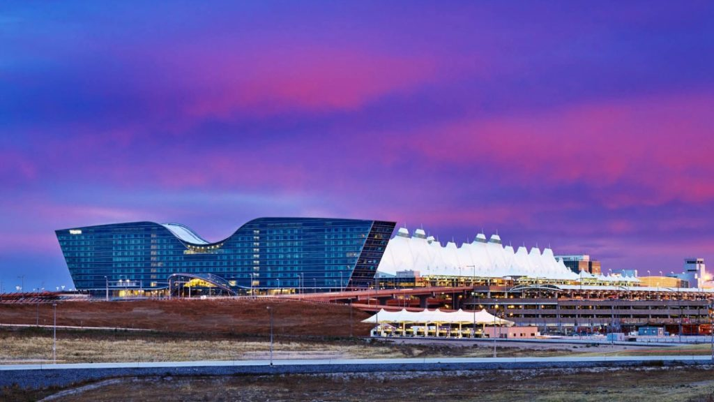 Westin Denver International Airport Hotel is gorgeous, modern and a must for aviation and architecture aficionados. One of my favorite airport hotels.. Denver luxury hotel review, where to stay in Denver Colorado, Best hotels in Denver. @westin