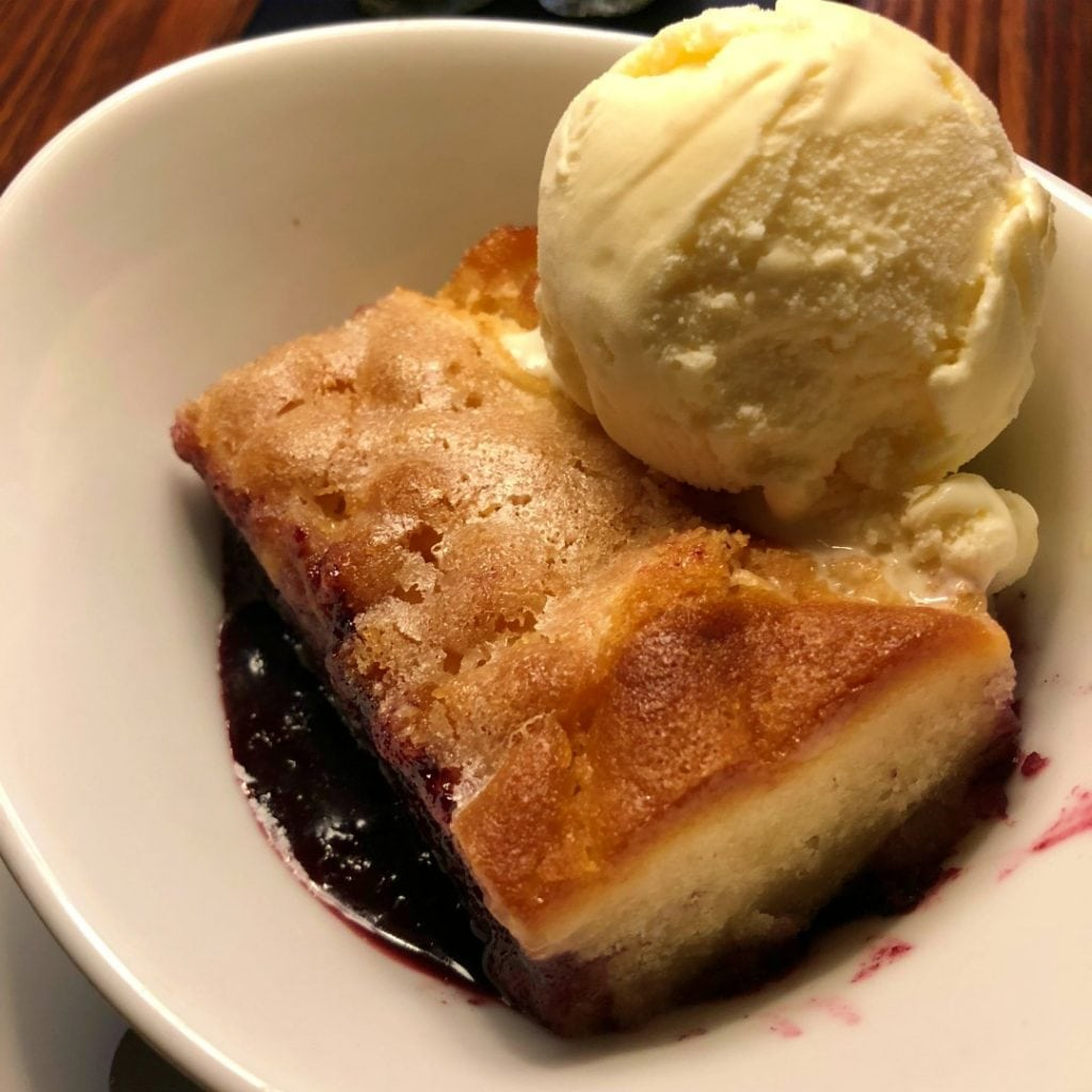 Marionberry Cobbler Kyllos Lincoln City, Best Places to Eat & Drink in Lincoln City, Oregon Coast