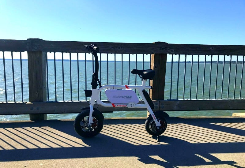 Swagtron SwagCycle Pro Review. Have you ever been on a SwagCycle? Get ready to feel like a kid again. Everybody needs one of these affordable, foldable, portable e-bikes!