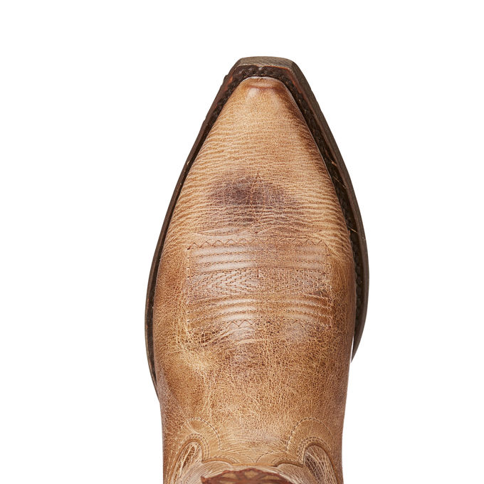 Ariat Thunderbird Boot Review, Cowgirl Boots for travel, Cowboy Boots for travel, Western Fashion for Travel